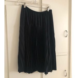 Vince Midi Pleated Skirt